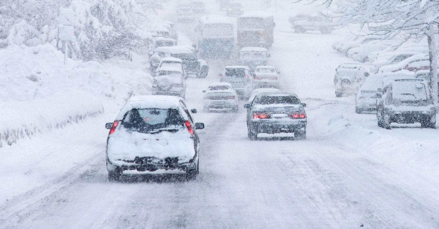 conduire voiture par mauvais temps